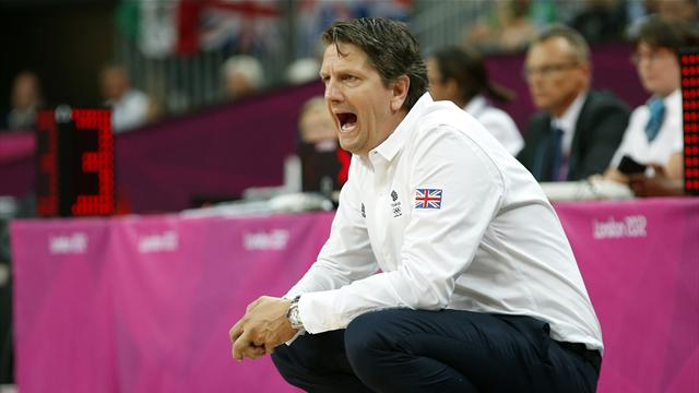 Finch steps down as GB basketball coach
