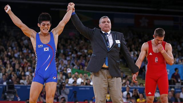 Kim wins 66kg Greco-Roman Olympic gold