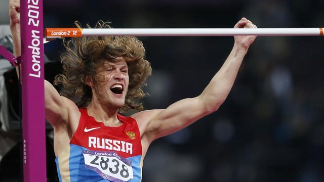 Ухов: «Две последние попытки я прыгал в майке Сильнова»