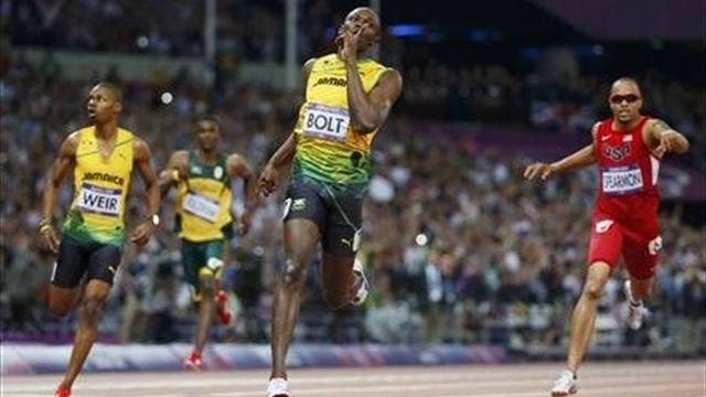 #Returnto2012 – Usain Bolt leads home Jamaica 1-2-3 over 200m