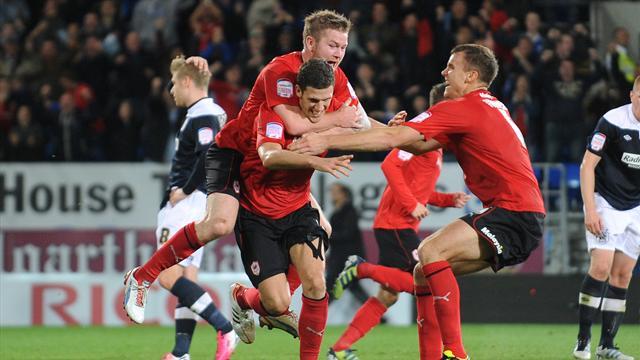 Red Cardiff beat Huddersfield in season opener