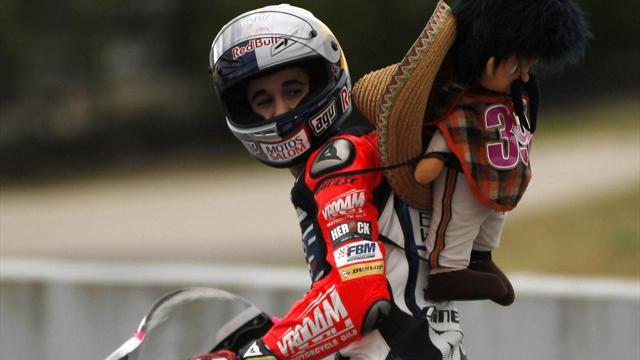 Moto3: Salom prevails in thrilling finish