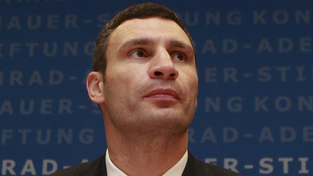 Vitali Klitschko mocks Charr title fight appeal