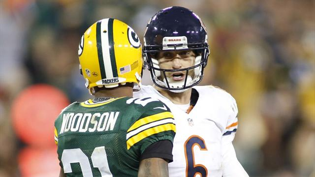 Packers pacify Bears to get back on level terms