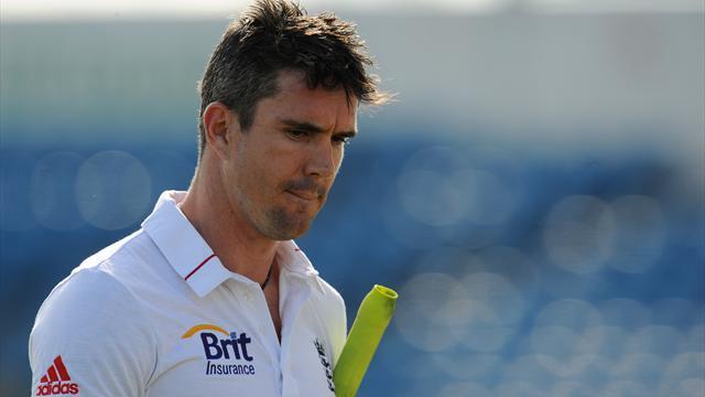 Cook: Pietersen talks ongoing
