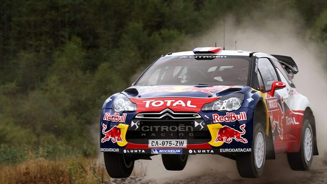 Loeb thrives on asphalt in Spain