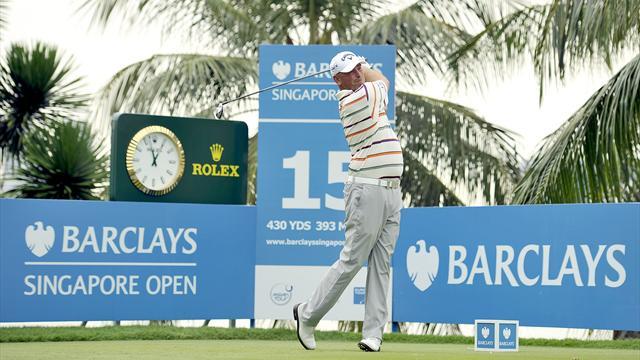 Bjorn edges ahead in Singapore third round