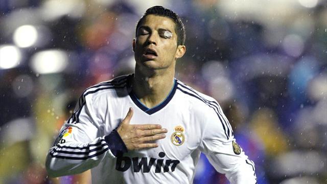 Ronaldo won't rule out PSG move