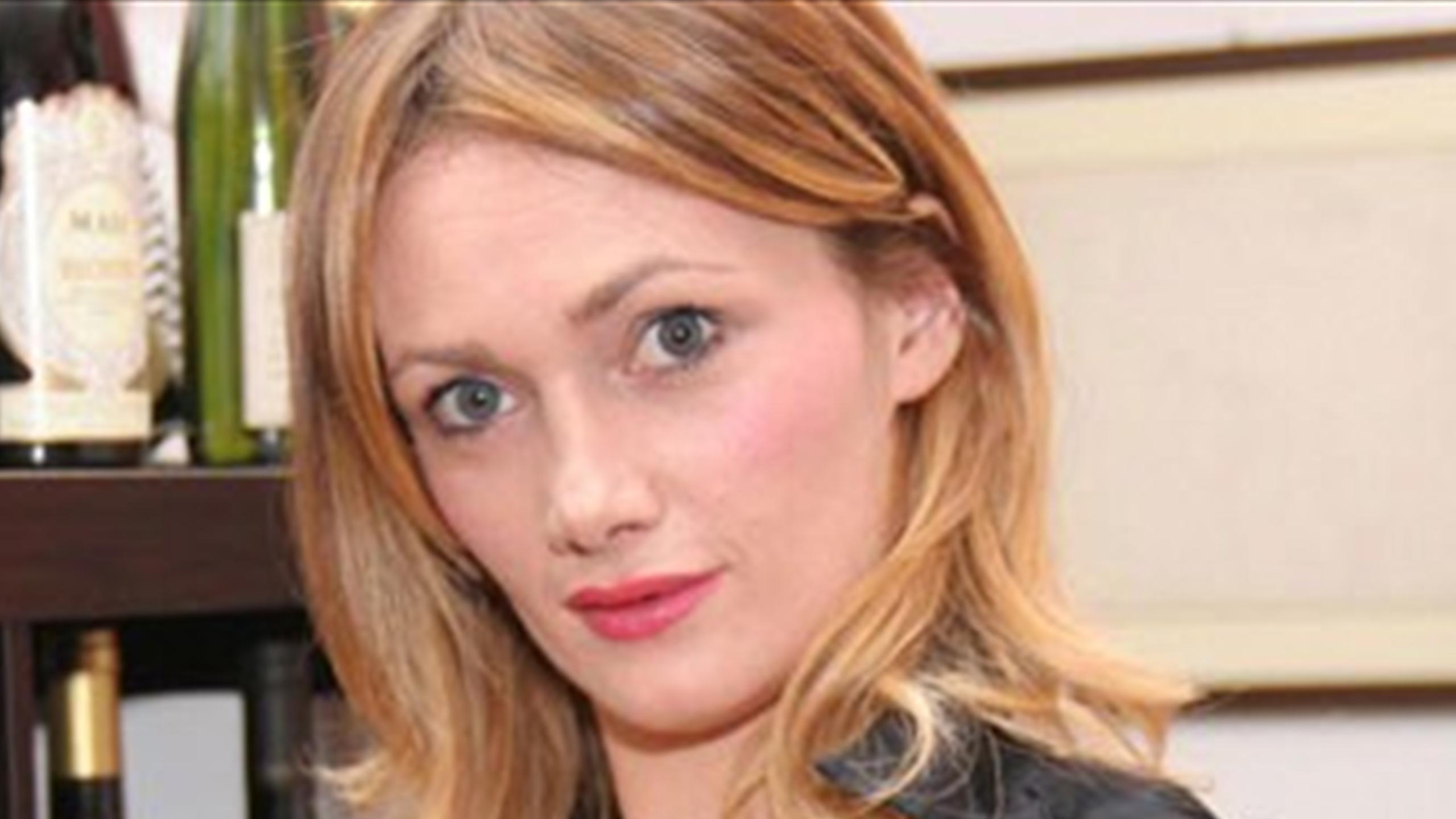 Actriz Porno Lea la actriz porno que aterroriza al fútbol italiano
