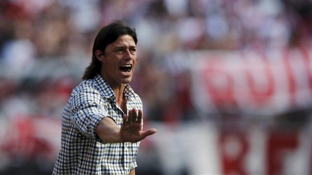 Coach Almeyda quits River Plate