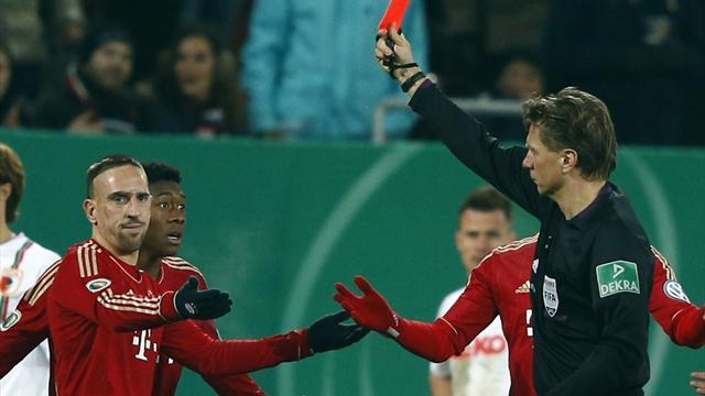 Bayern advance in Cup despite Ribery red card