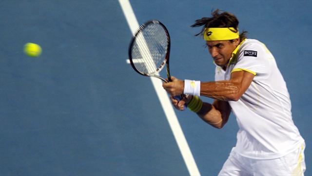 Ferrer struts into Auckland semis