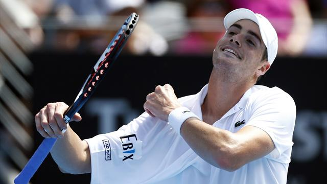 Isner out in Sydney as withdrawals continue
