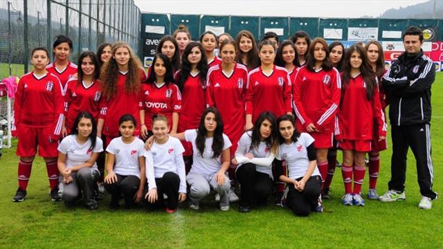 Beşiktaş'tan kadın futbolu hamlesi