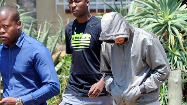Pistorius inculpé pour le meurtre de sa petite amie