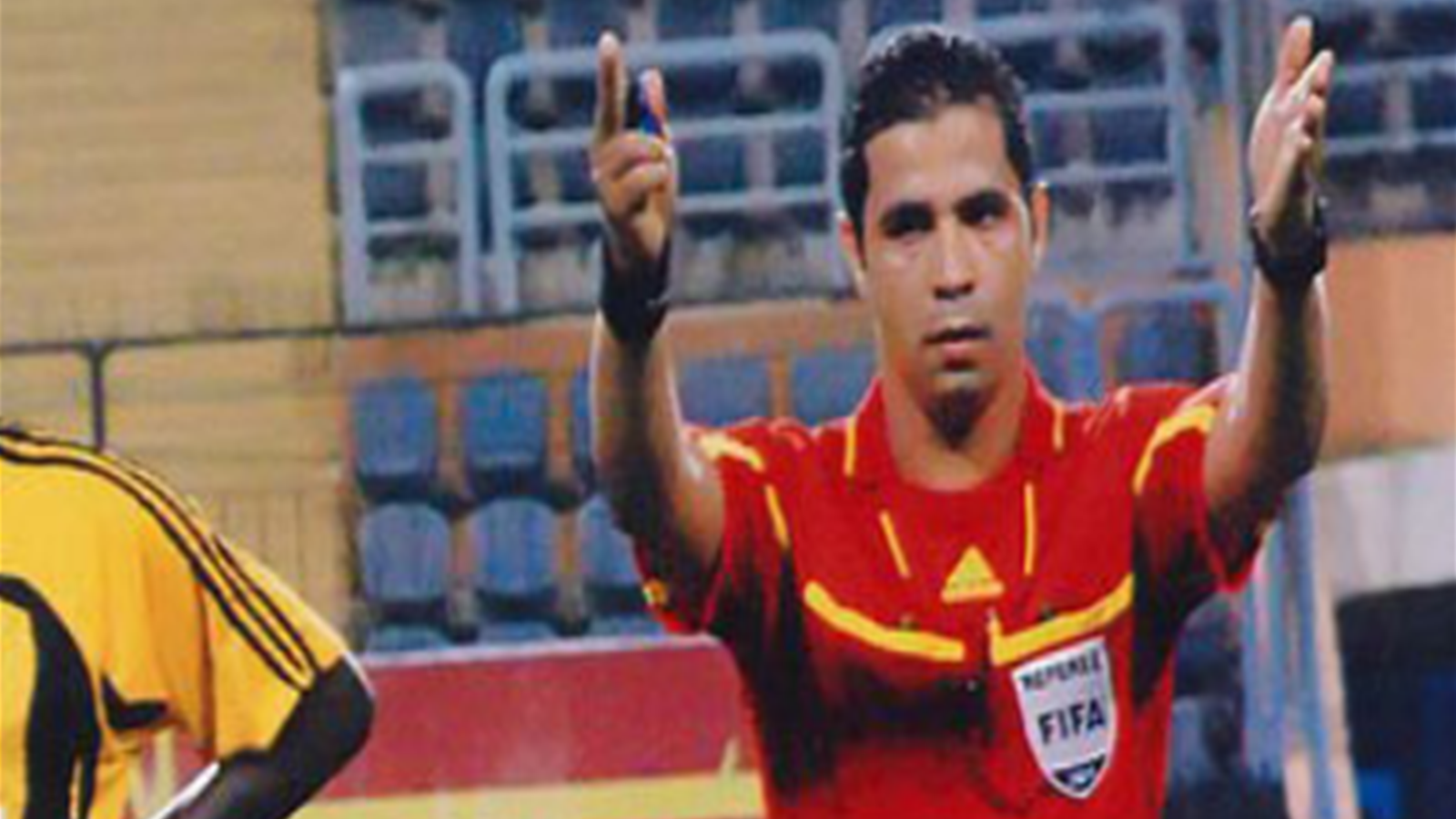 فيديو...حكام متهمون بإفساد الدوري المصري