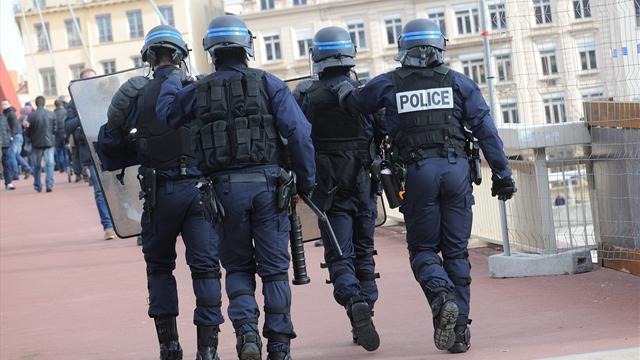 Des fans de Tottenham agressés à Lyon