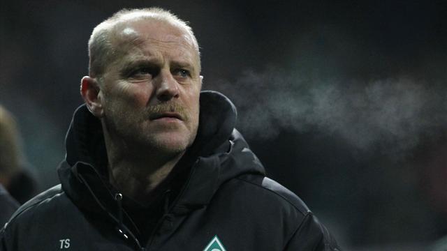Werder Bremen sack Schaaf after 14 years