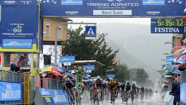 Sagan beats Cavendish in Tirreno-Adriatico sprint
