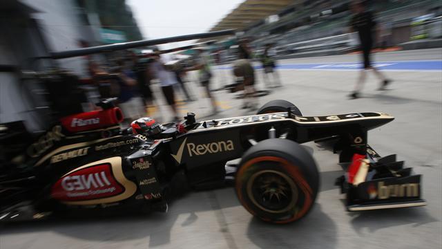 Raikkonen tops rain-hit FP2 in Malaysia
