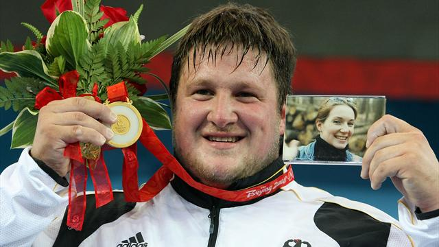 Susann için bir altın madalya: Matthias Steiner