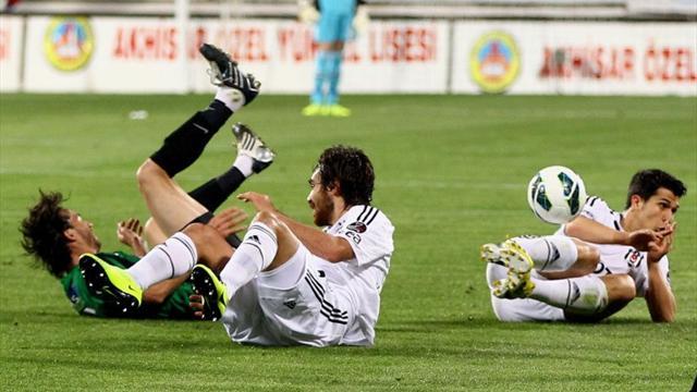 Akhisar - Beşiktaş / ÖZET