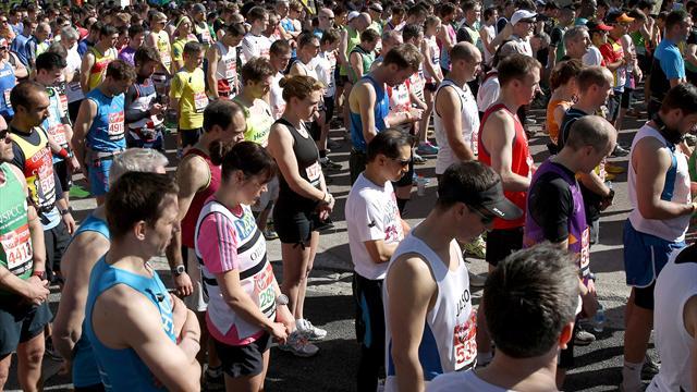 London Marathon in Boston tribute