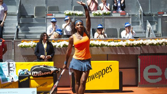 Serena, le rouge lui va bien aussi