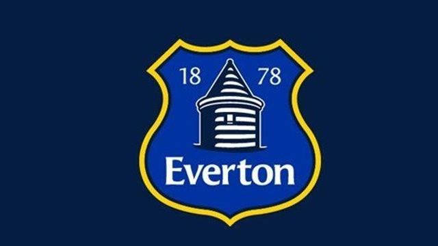 Everton taraftarından yeni logoya tepki
