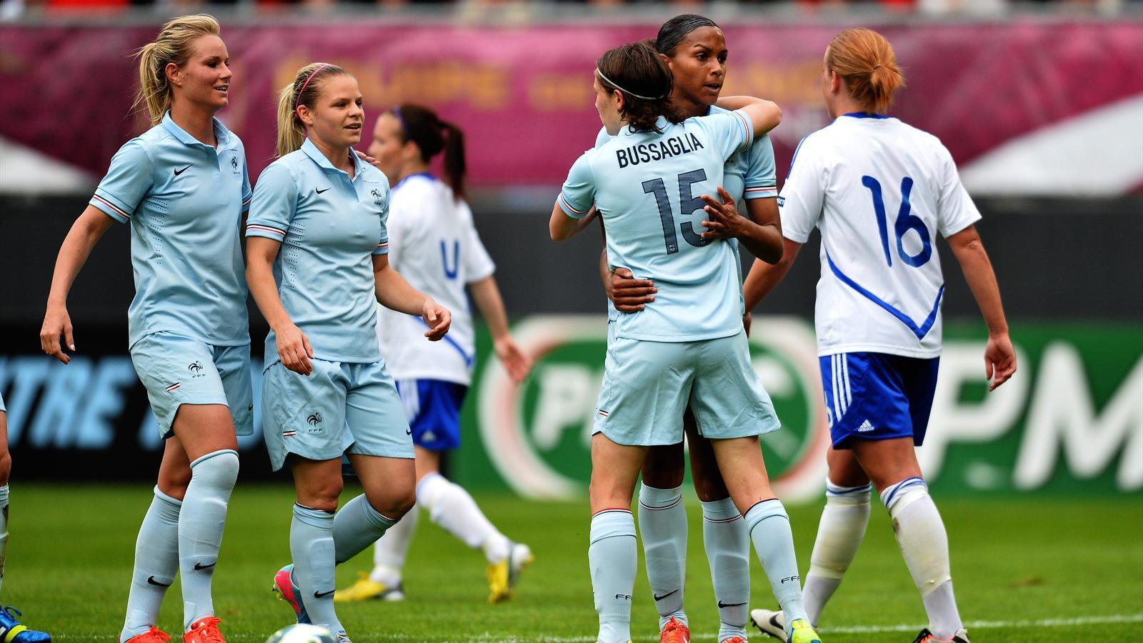 Amical les bleues battent la finlande avec s rieux 3 0 sur la route de l 39 euro football - Coupe d europe de basket feminin ...