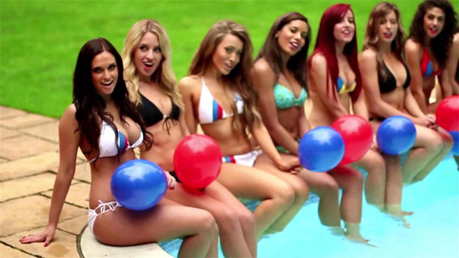 Эротическое фото группы поддержки футбольных команд фото 487-50