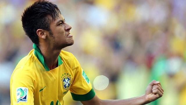 """""""Neymar kendini yere atmaz"""""""