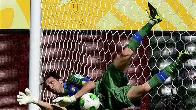 Başrolde Buffon İtalya üçüncü