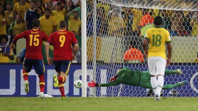 Xavi, Ramos'un penaltısına bakamadı