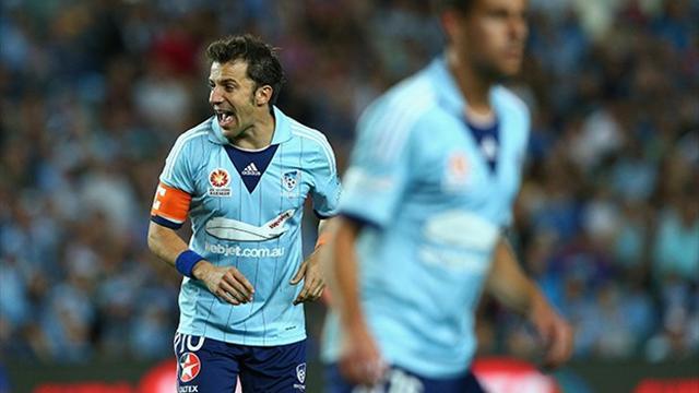 Del Piero magic inspires Sydney FC as A-League kicks off
