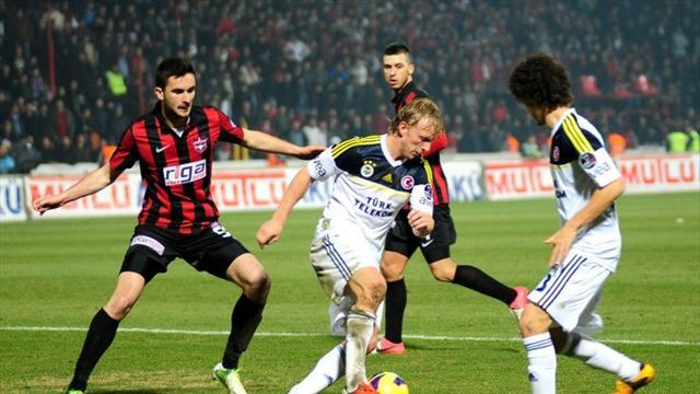 Fenerbahçe Gaziantepspor maçı canlı izle Lig TV (Fenerbahçe Gaziantepspor maçı izle)