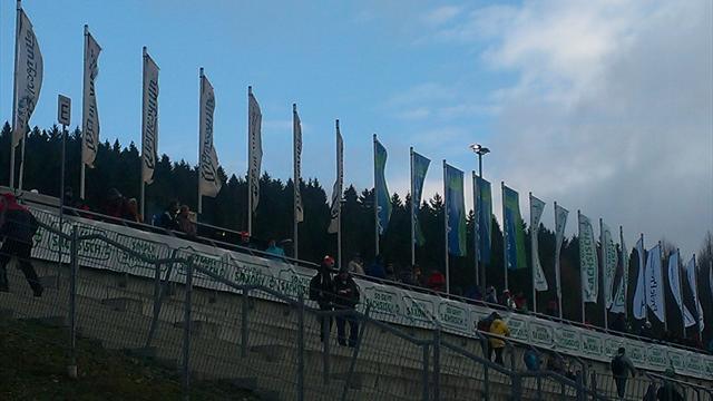 Старт Кубка мира по прыжкам с трамплина перенесен на субботу