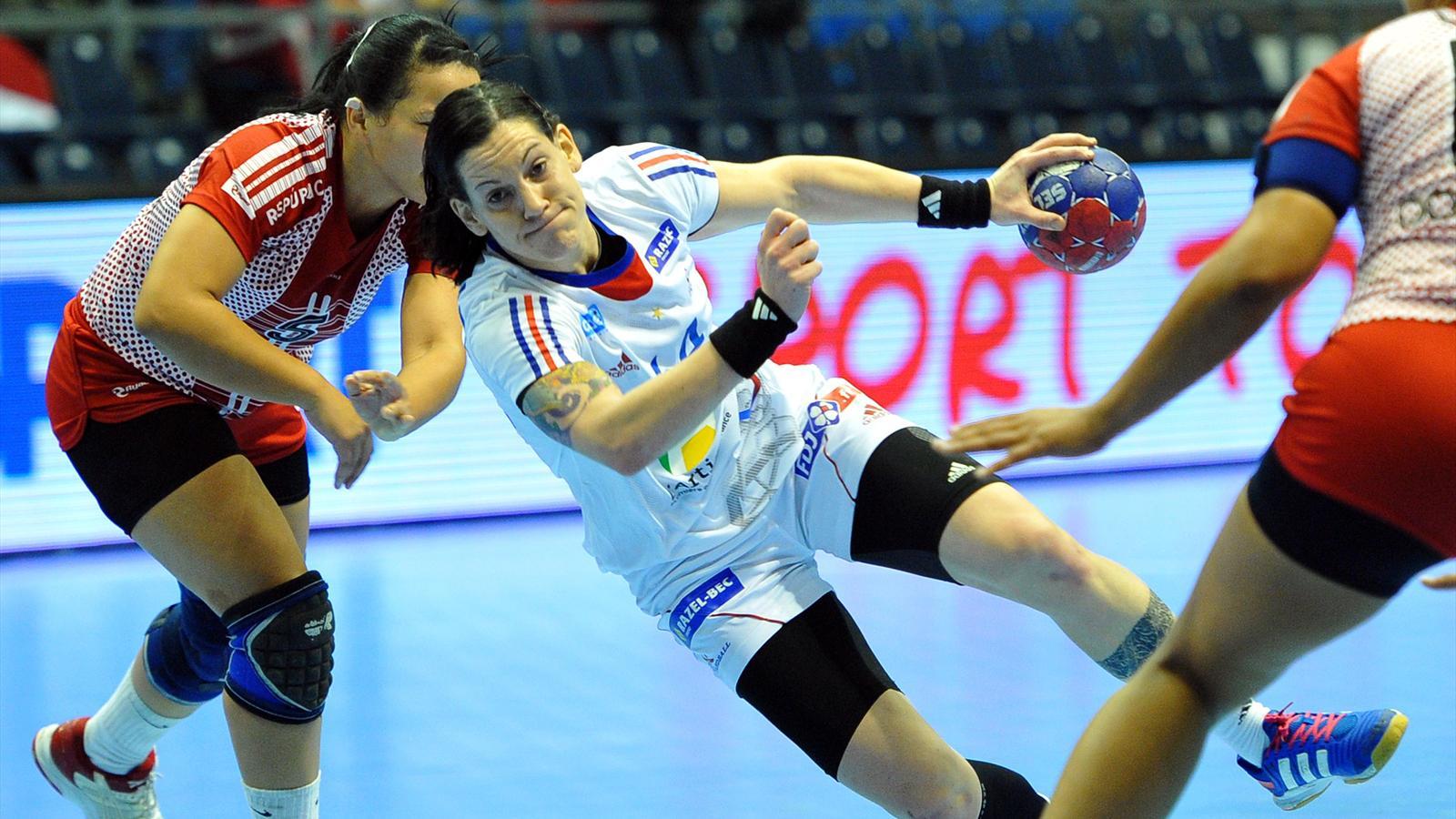 Mondial dames la france loin d 39 tre convaincante face la r publique dominicaine 27 10 - Coupe du monde handball 2013 ...
