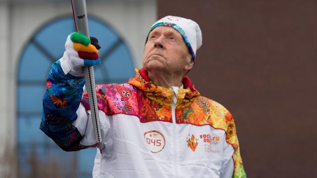 Un hombre de 101 se convierte en el relevista más veterano