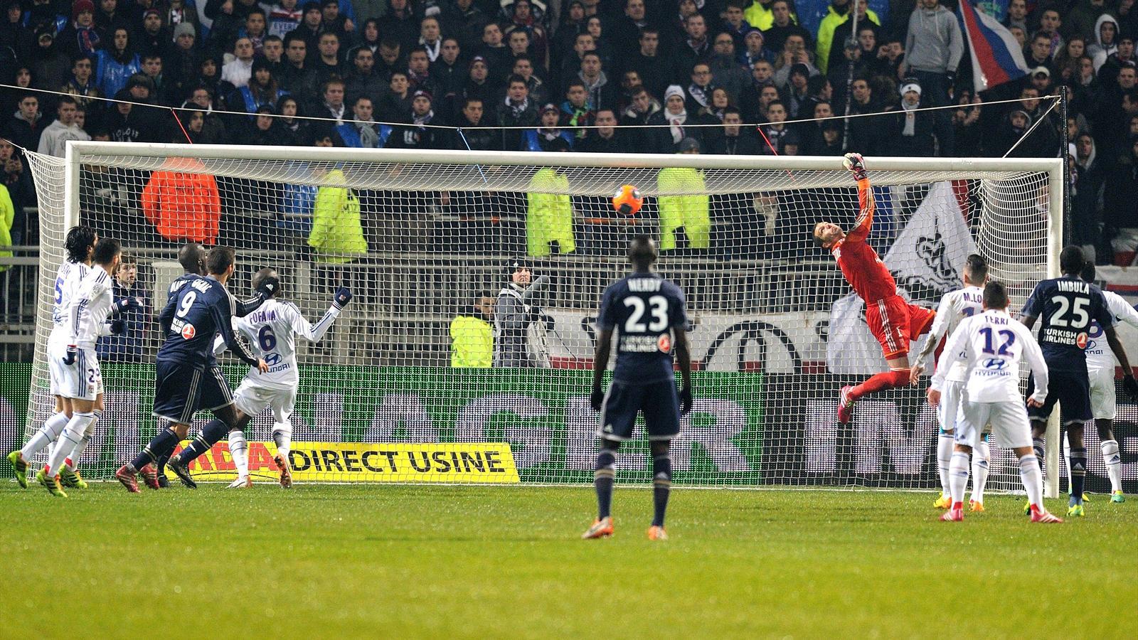 """Lyon - Marseille (2-2) : """"Vercoutre aussi"""", la phrase à double sens de José Anigo"""