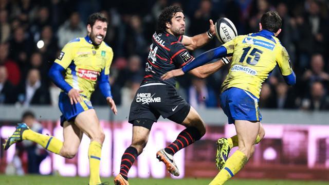 Quand la passe en avant de Huget enflamme le rugby français