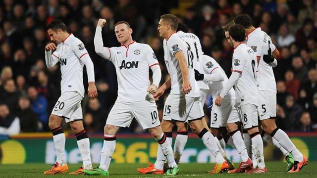 Persie Rooney Rooney And Van Persie Give