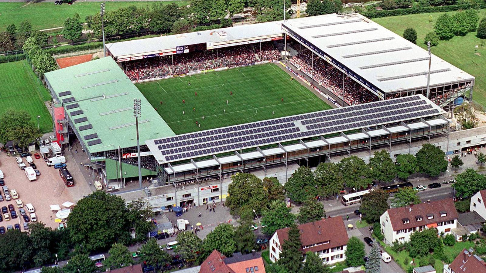 Картинки по запросу Шварцвальд-штадион во Фрайбурге