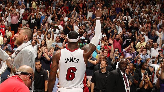LeBron James explose les compteurs