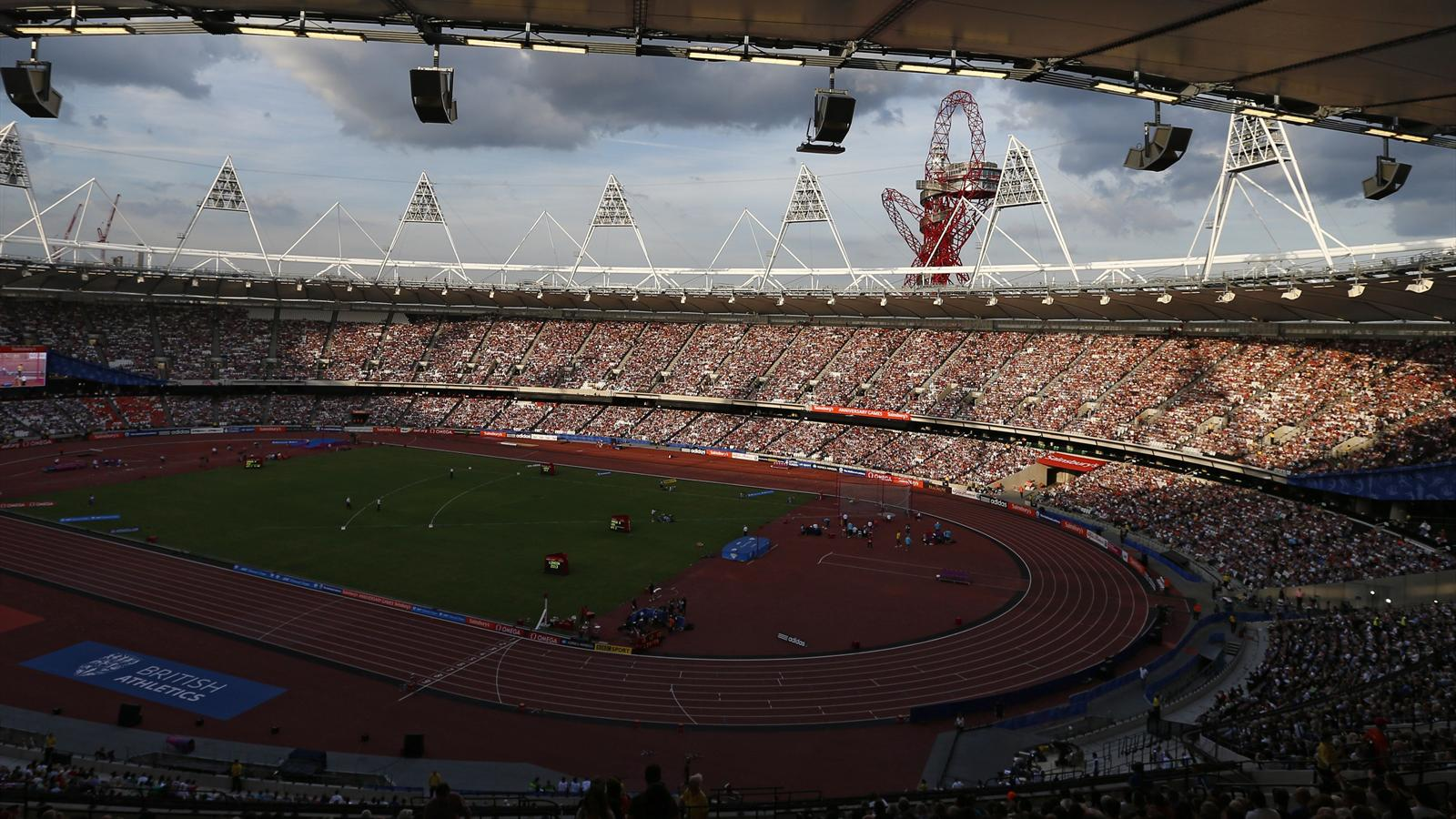 West Ham United sell 50,000 season tickets ahead of move to Olympic Stadium - Premier League ...
