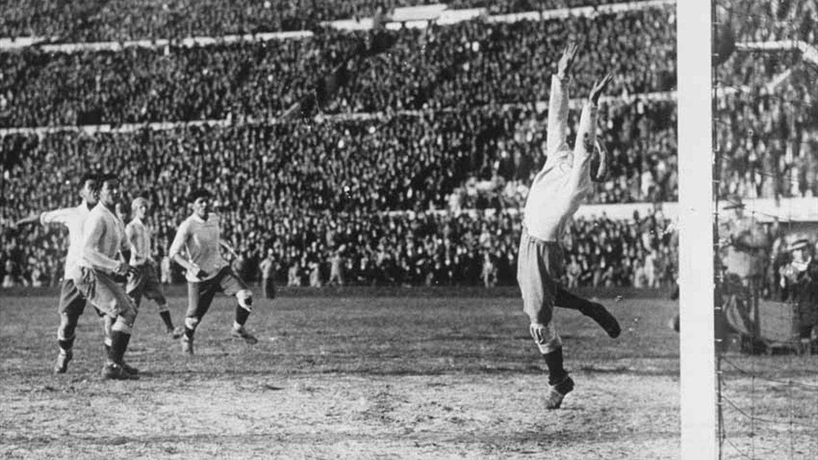 Coupe du monde 1930 la r tro victoire de l 39 uruguay en - Resultat foot feminin coupe de france ...