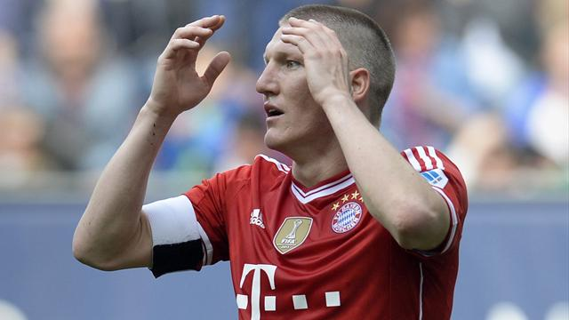 Augsburg inflict first league defeat on Bayern Munich