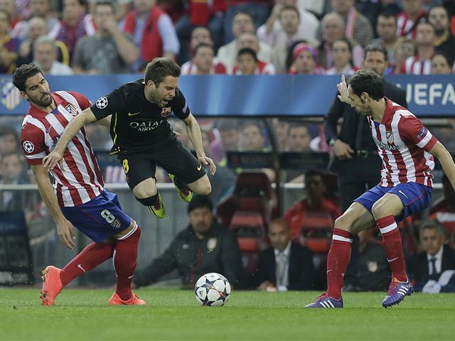 Spécial Messi et FCBarcelone (Part 2) - Page 7 1215153-25361155-640-480