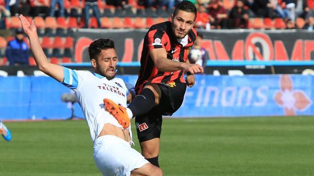 Trabzonspor, Zeki Yavru ile yollarını ayırdı