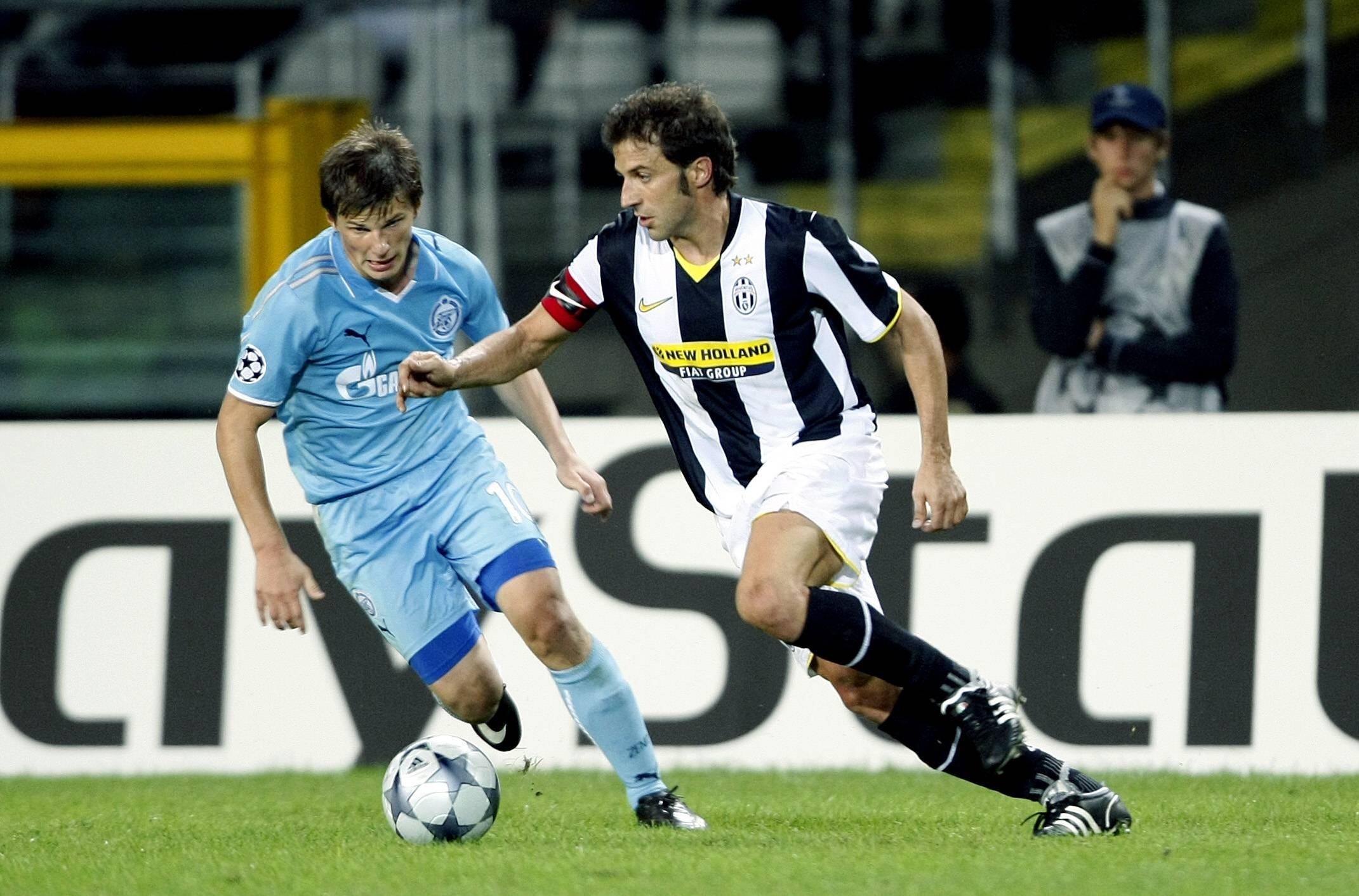 Алессандро дель Пьеро и Андрей Аршавин борются за мяч. Сезон-2008/09